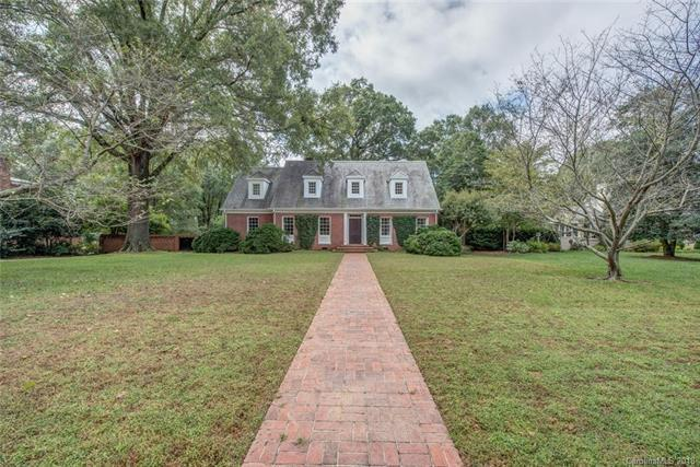 213 W Eleventh Avenue, Gastonia, NC 28052 (#3438376) :: Charlotte Home Experts