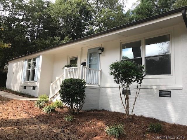 1317 Seneca Place, Charlotte, NC 28209 (#3438730) :: Team Southline