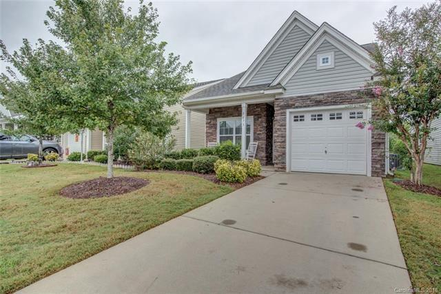 5073 Newport Lakes Drive, Rock Hill, SC 29732 (#3438880) :: Rowena Patton's All-Star Powerhouse