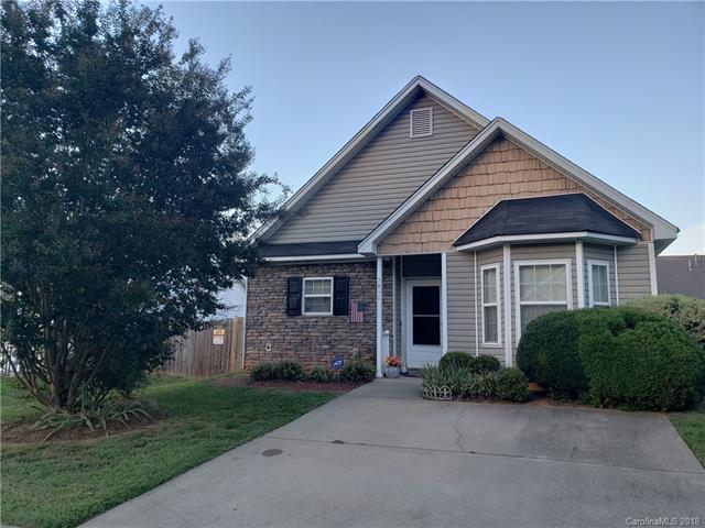 1431 Mumford Lane, Charlotte, NC 28213 (#3439057) :: High Performance Real Estate Advisors