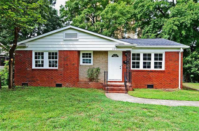 4814 Holbrook Drive, Charlotte, NC 28212 (#3439149) :: Odell Realty