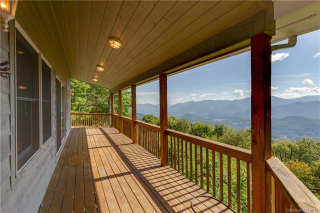 665 Summit Ridge Drive, Waynesville, NC 28786 (#3439227) :: Exit Mountain Realty