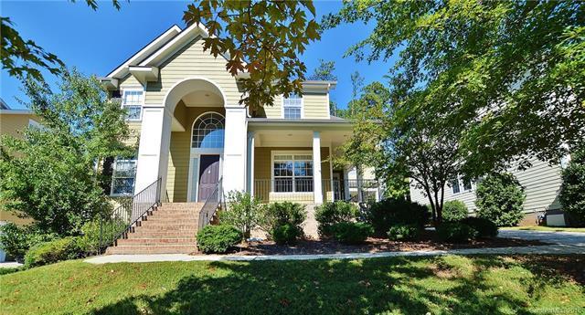 9922 Daufuskie Drive, Charlotte, NC 28278 (#3439633) :: MartinGroup Properties