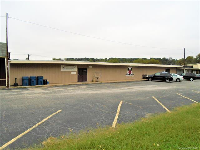 3556 S Us 321 Highway, Newton, NC 28658 (#3439710) :: The Premier Team at RE/MAX Executive Realty