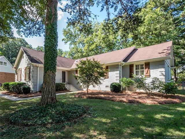 6134 Yellowood Road, Charlotte, NC 28210 (#3439759) :: Odell Realty