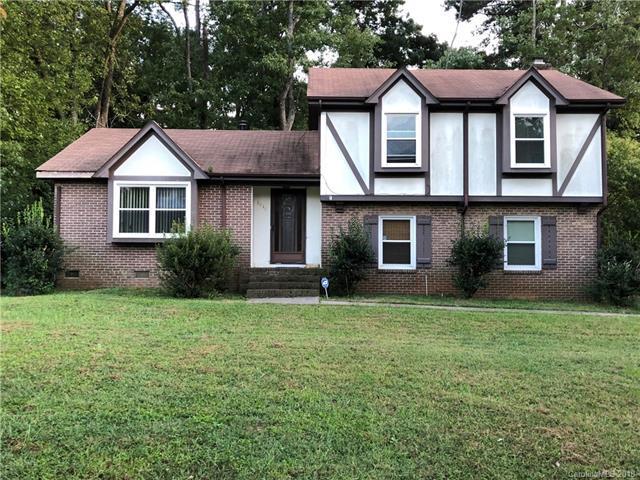 8810 Touchstone Lane, Charlotte, NC 28227 (#3439855) :: Burton Real Estate Group