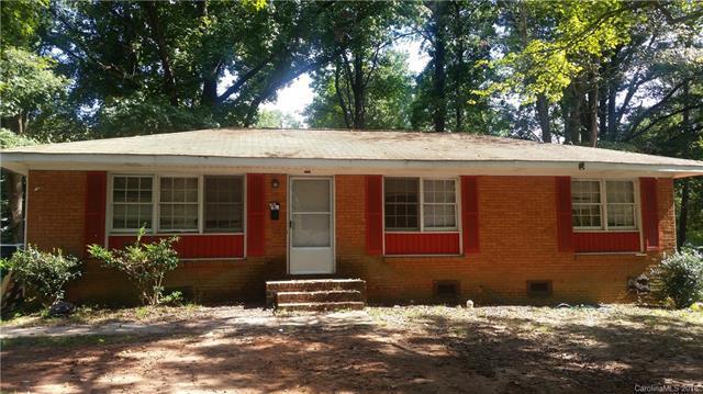 1024 Pondella Drive, Charlotte, NC 28213 (#3439961) :: The Temple Team
