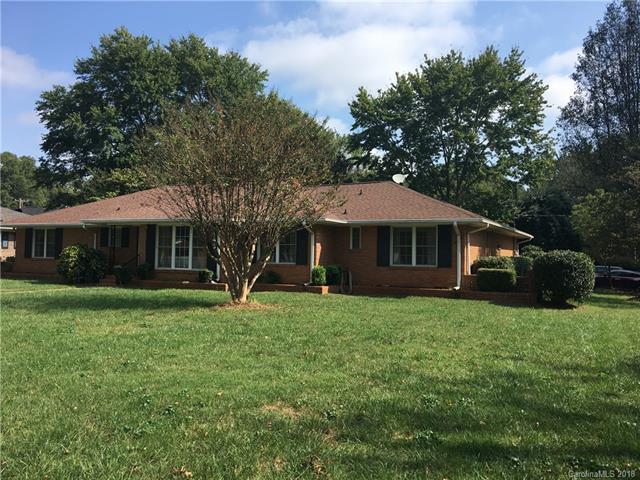 759 Lansdowne Road, Charlotte, NC 28270 (#3440146) :: Robert Greene Real Estate, Inc.