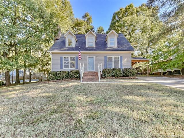 19430 Heartland Street, Cornelius, NC 28031 (#3440560) :: The Temple Team