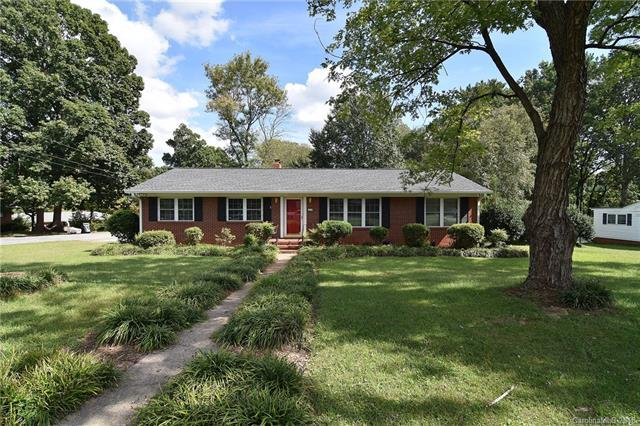 300 Downey Place, Gastonia, NC 28054 (#3440634) :: Odell Realty