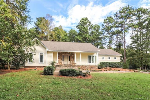 323 Tennessee Circle, Mooresville, NC 28117 (#3440657) :: Rowena Patton's All-Star Powerhouse
