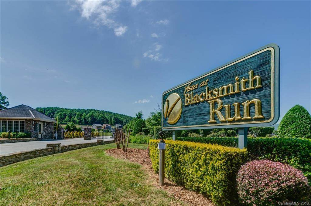 88 Blacksmith Run Drive #17, Hendersonville, NC 28792 (#3440977) :: Team Southline