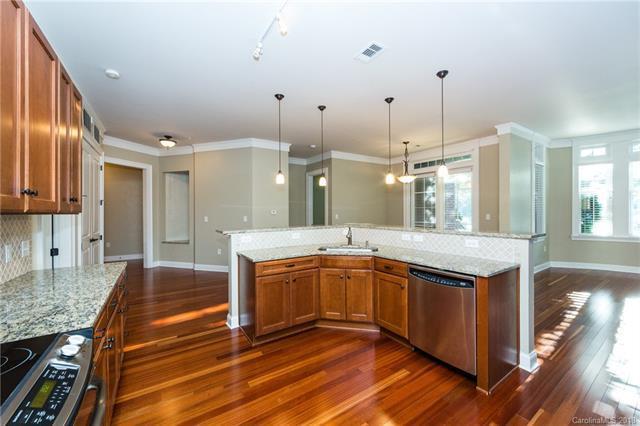 2810 Selwyn Avenue #107, Charlotte, NC 28209 (#3440996) :: Robert Greene Real Estate, Inc.