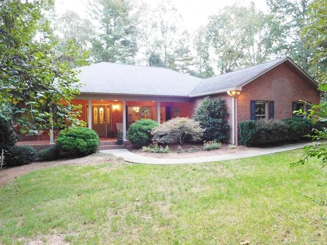 210 Springwood Drive NE, Valdese, NC 28690 (#3441173) :: Exit Mountain Realty