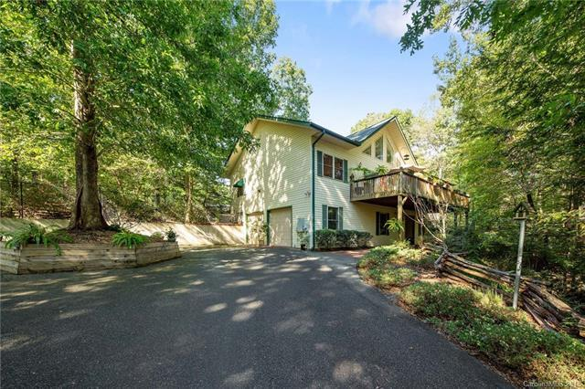 297 Bee Tree Point, Lake Lure, NC 28746 (#3441187) :: RE/MAX RESULTS