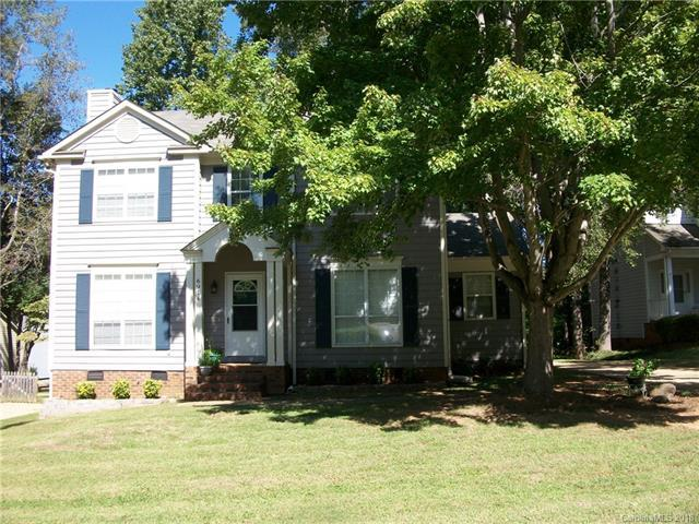 6914 Passeres Court, Charlotte, NC 28215 (#3441192) :: Odell Realty