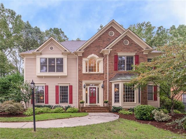 5001 Old Fox Trail, Charlotte, NC 28269 (#3441249) :: Carlyle Properties