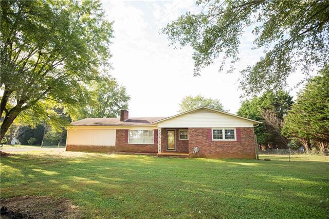 448 York Road, Stony Point, NC 28678 (#3441275) :: Homes Charlotte