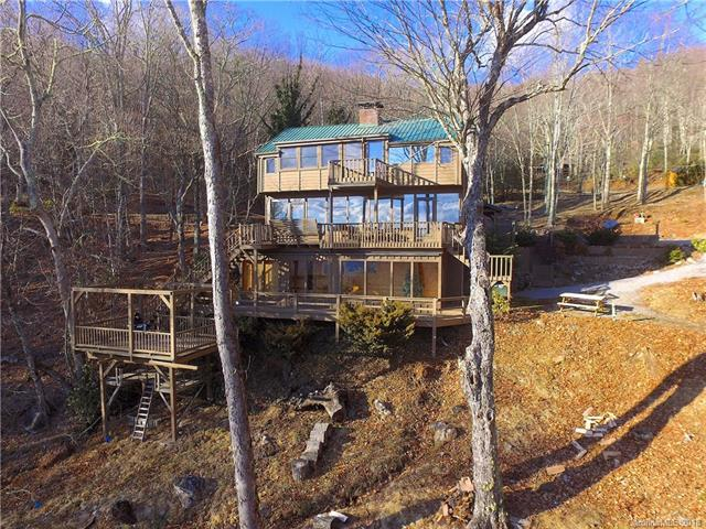 294 Leatherwood Drive, Maggie Valley, NC 28751 (#3441349) :: Puffer Properties
