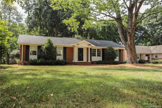 1024 Linda Lane, Charlotte, NC 28211 (#3441357) :: Robert Greene Real Estate, Inc.