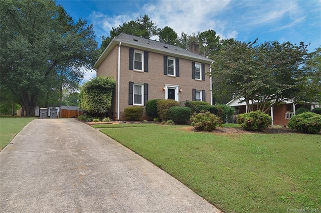 2411 Westminster Drive, Concord, NC 28027 (#3441366) :: The Ramsey Group