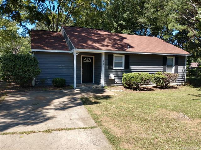 6500 Snow Bird Lane, Charlotte, NC 28227 (#3441421) :: LePage Johnson Realty Group, LLC