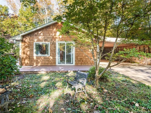 120 Sharon Ridge Court #3, Fairview, NC 28730 (#3441444) :: Rinehart Realty