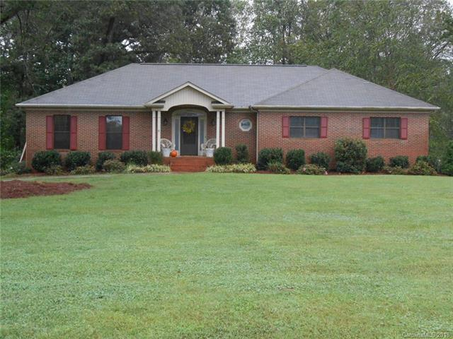 6933 Old Oak Lane, Mint Hill, NC 28227 (#3441533) :: Charlotte Home Experts