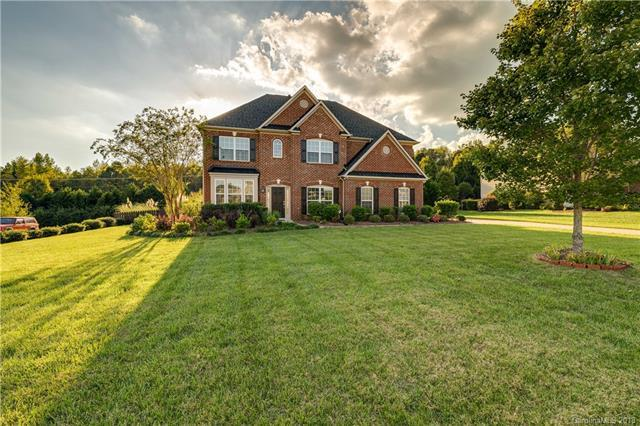 1714 Laurel Hill Drive, Waxhaw, NC 28173 (#3441562) :: Robert Greene Real Estate, Inc.
