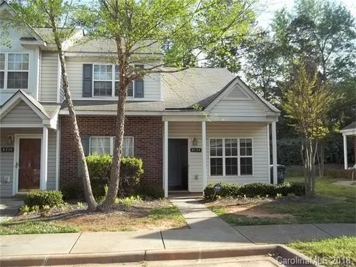 6730 Cypress Tree Lane, Charlotte, NC 28215 (#3441582) :: MECA Realty, LLC