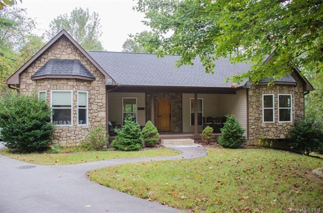 134 Buckeye Drive, Hendersonville, NC 28792 (#3441586) :: Exit Mountain Realty