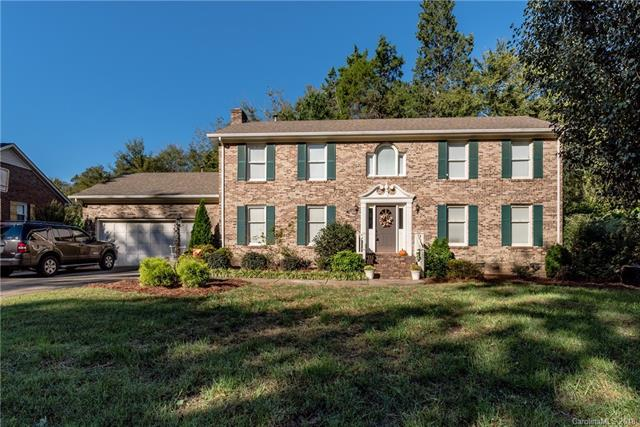 8212 Quail Hollow Drive, Harrisburg, NC 28075 (#3441649) :: Odell Realty