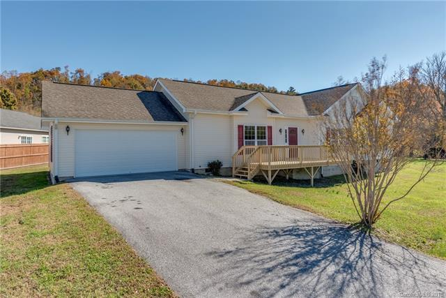35 Red Laurel Court, Hendersonville, NC 28792 (#3442095) :: Exit Mountain Realty
