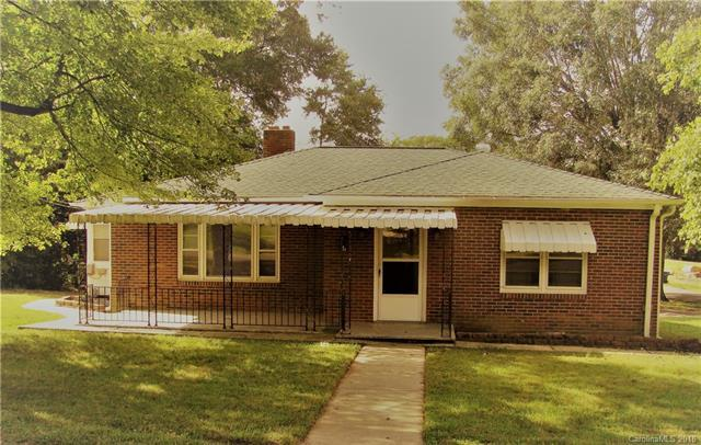 112 Cavin Avenue, Mount Holly, NC 28120 (#3442115) :: Odell Realty