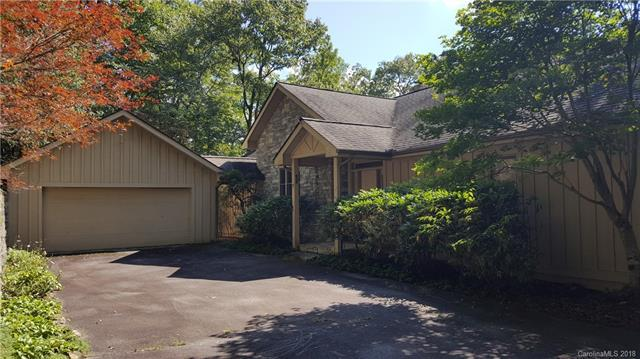 105 Boulder, Lake Toxaway, NC 27847 (#3442285) :: Stephen Cooley Real Estate Group