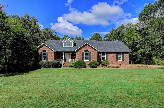 3006 Eaker Drive, Cherryville, NC 28021 (#3442299) :: Stephen Cooley Real Estate Group