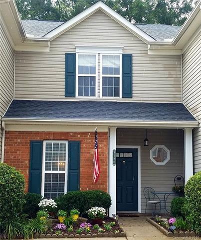 9120 Treyburn Drive, Charlotte, NC 28216 (#3443098) :: The Ramsey Group