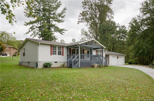 109 Amelia Drive, Hendersonville, NC 28792 (#3443204) :: Puffer Properties