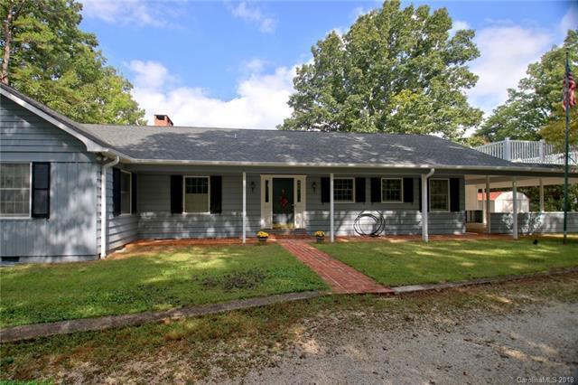 240 Laurel Circle, Columbus, NC 28722 (#3443256) :: Puffer Properties