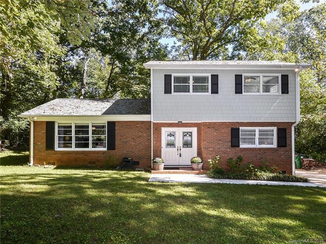 10745 E Lake Road, Charlotte, NC 28215 (#3443281) :: LePage Johnson Realty Group, LLC