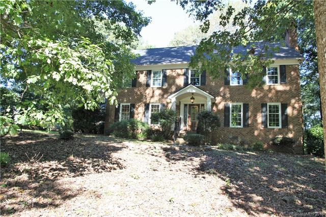 3406 Country Club Drive, Gastonia, NC 28056 (#3443326) :: Exit Mountain Realty