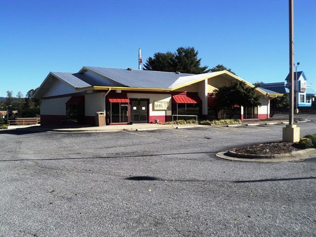 129 Wilkesboro Boulevard NE, Lenoir, NC 28645 (#3443356) :: Team Southline