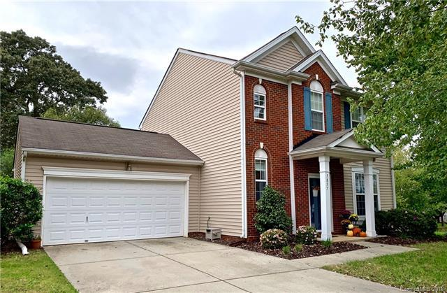7857 Rolling Meadows Lane, Huntersville, NC 28078 (#3443424) :: Odell Realty