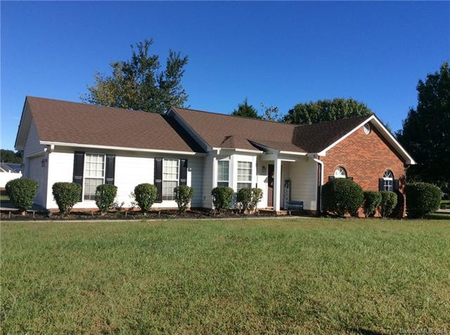 4120 Carolina Pointe Court SW, Concord, NC 28027 (#3443540) :: Odell Realty