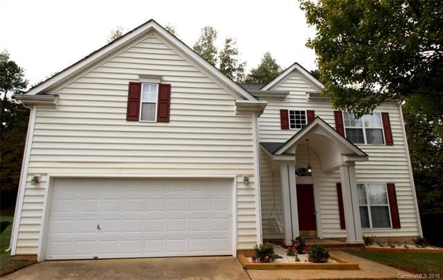 8632 Warwick Crest Lane, Charlotte, NC 28215 (#3443556) :: Stephen Cooley Real Estate Group