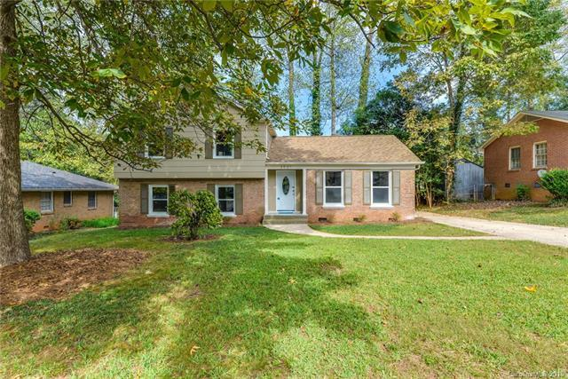 3501 Erinbrook Lane, Charlotte, NC 28215 (#3443588) :: Phoenix Realty of the Carolinas, LLC