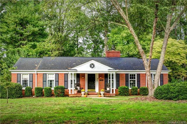 3908 Sussex Avenue, Charlotte, NC 28210 (#3443952) :: Stephen Cooley Real Estate Group