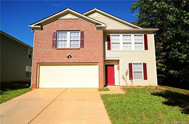 8619 Herons Pond Court, Charlotte, NC 28215 (#3443973) :: Homes Charlotte