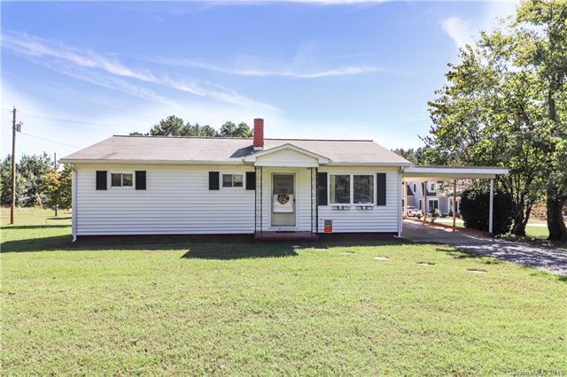 779 E Monbo Road, Statesville, NC 28677 (#3443984) :: Mossy Oak Properties Land and Luxury