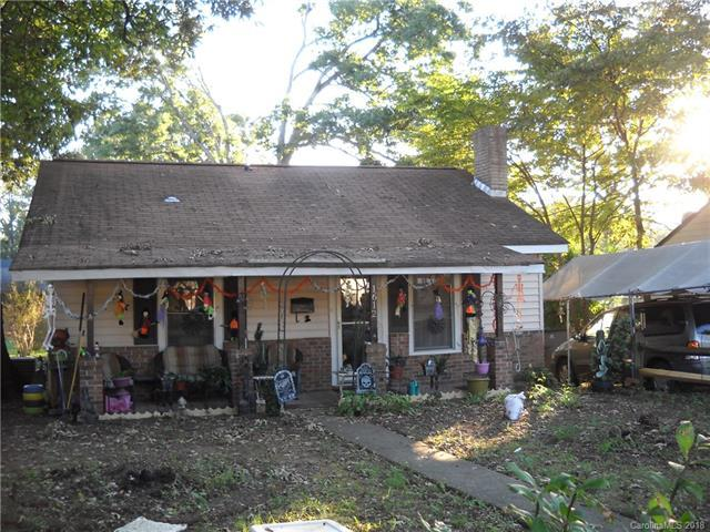 1612 E 35th Street, Charlotte, NC 28205 (#3444189) :: Robert Greene Real Estate, Inc.